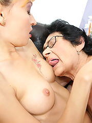 Hairy granny getting licked by a hot babe