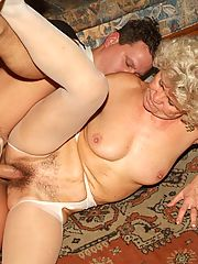 Steamy threesome sex with two horny grannies Francesca and Erlene double teaming to slurp a dick