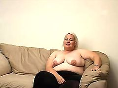 Plump aged woman fucks and eats cum