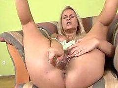Milf sucks cock n fucks from behind