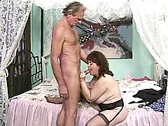 Chubby milf has fun with aged man