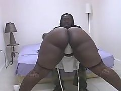 Ebony cutie fucks hard and get cum