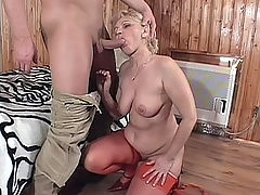 Plump assed GILF enjoying a rough behind banging