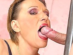 Fill this kinky mama with a warm creampie